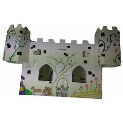 vue de face du kit loirsir créatif  château fort de face décoré